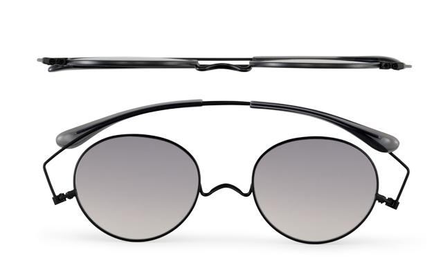 薄いサングラス