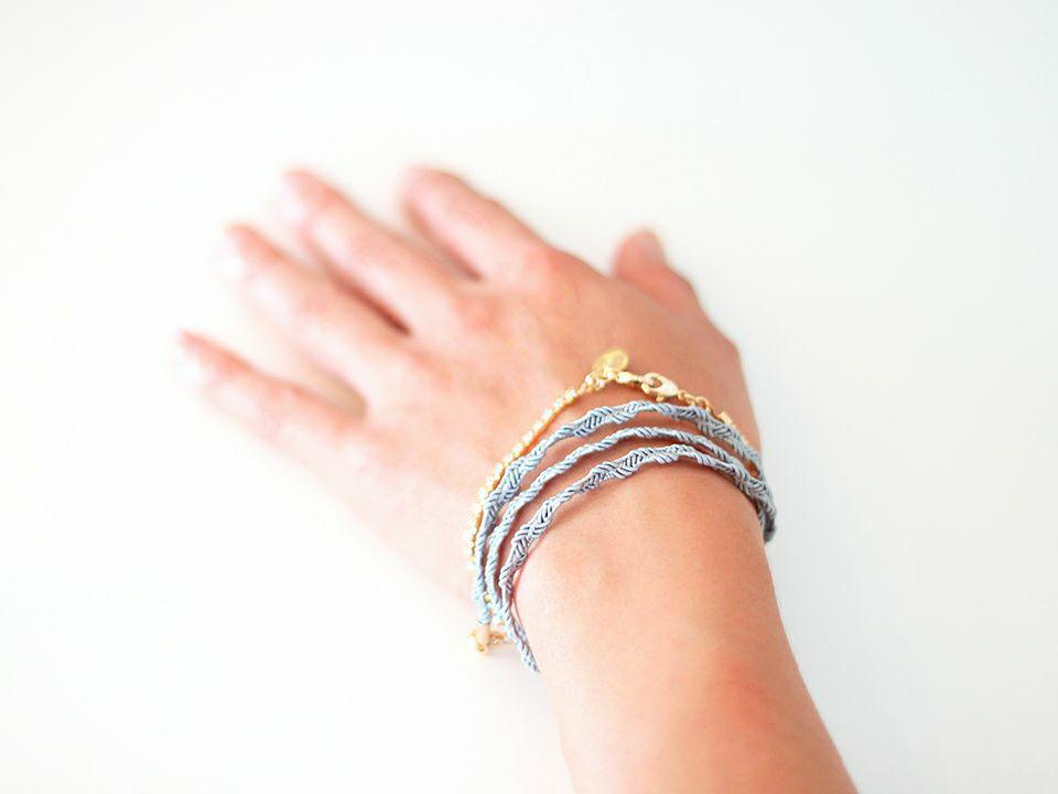 ワインレッド